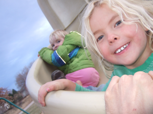 Why It's Physiologically Vital for Kids to Play Outdoors (and 5 Easy Ways to Do it)