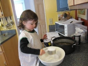 Weekend Ways to Learn & Play: Let's Get Cooking with Kids