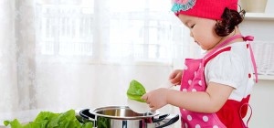 Kids in the Kitchen: Age Appropriate Cooking Tips