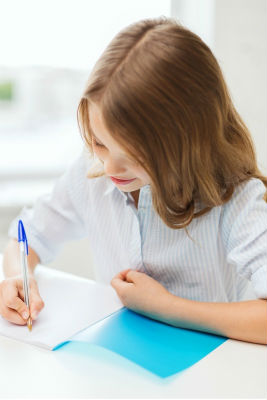 girl_writing_1