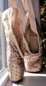 embellish-pointe-shoes