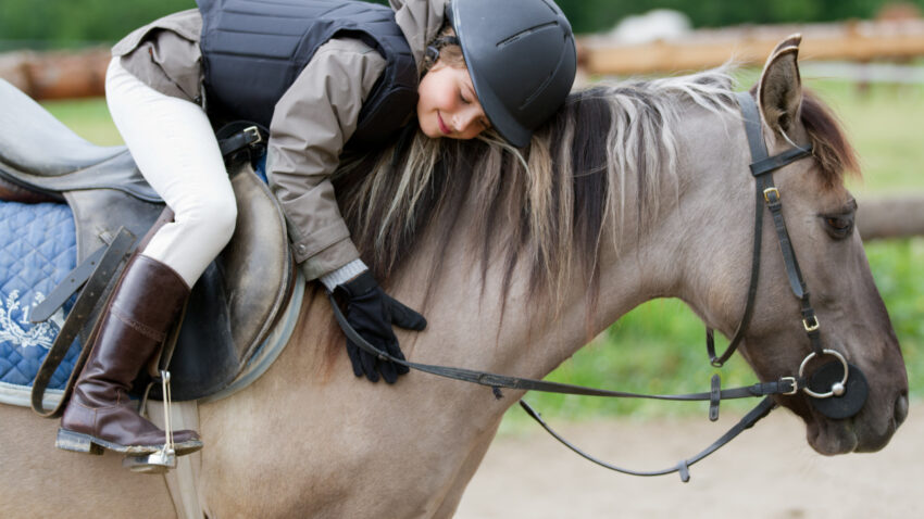 Youth Equestrian Camps for Kids