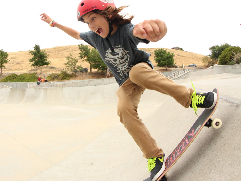 outdoor youth camp for skateboarding